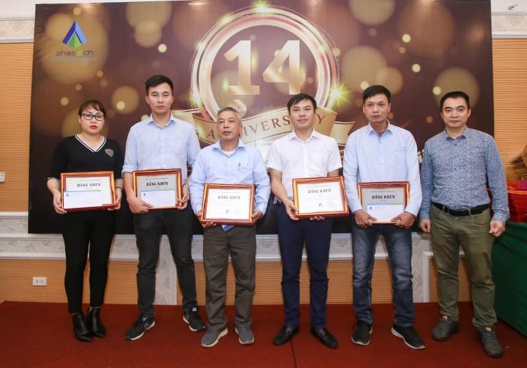 AHA- Trao thưởng nhân viên xuất sắc công trình Doji