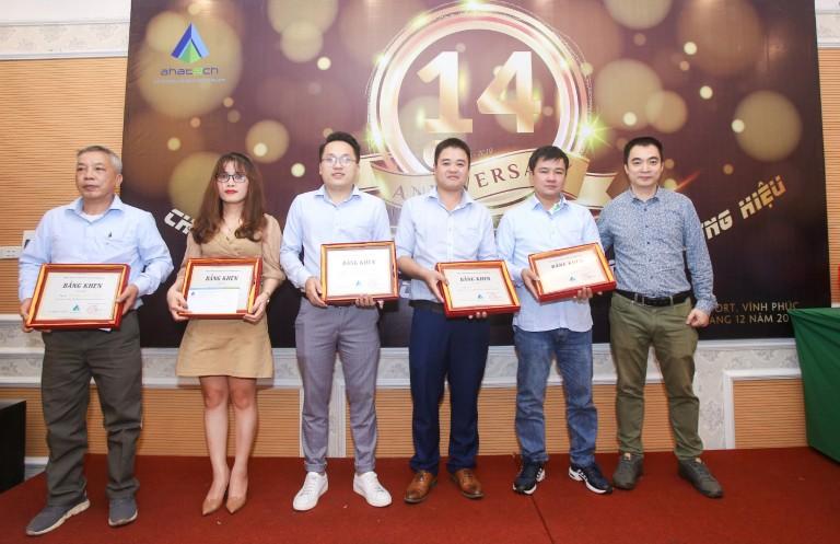 AHA- Trao thưởng nhân viên xuất sắc công trình Trích Sài